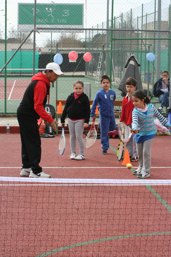 Circuito Tenis : Mujer y tenis circuito de minitenis